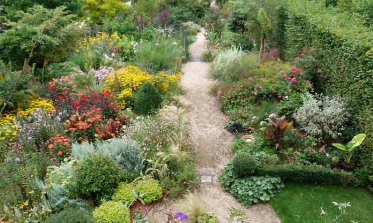 Création jardin Bourbon-Lancy